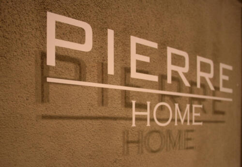 Pierre Home 09